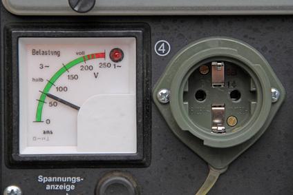 Strom auf der Baustelle erzeugen – Tragbare Generatoren als Energiespender