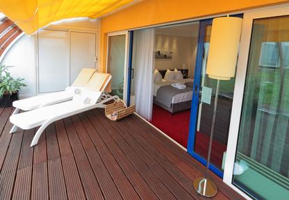 bauanleitung f r ein terrassendach. Black Bedroom Furniture Sets. Home Design Ideas