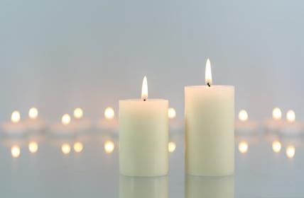Aus Wachsresten neue Kerzen basteln