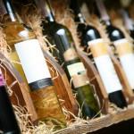 Der Artikel gibt Tipps zum Bau des eigenen Weinregals.
