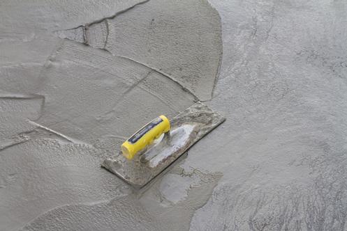 Den Boden mit Ausgleichsmasse bearbeiten – So einfach funktioniert es!