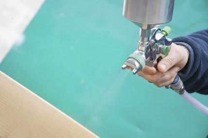 Farbsprühgeräte: Im Handumdrehen neue Farbe für die Wand
