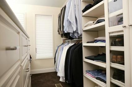 Träume erfüllen: Begehbaren Kleiderschrank selber bauen
