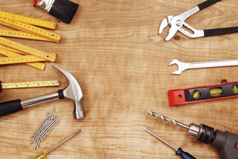 Hammer und Nagel – das kann schiefgehen