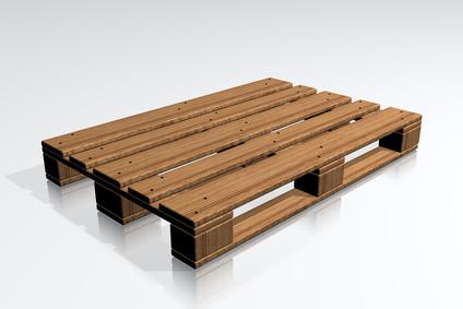 Vom WG-Trend zum Designerteil: Tisch aus einer Europalette